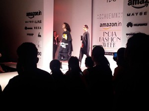 Fashion-Show-Amazon-Img5